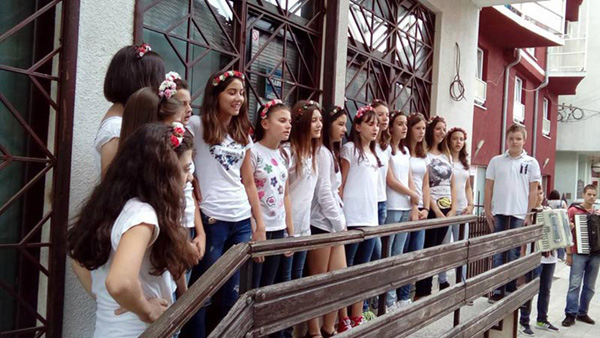 deciji-bazar-3v